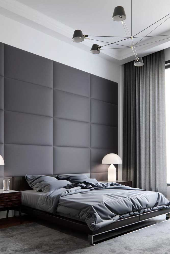 Você pode fazer uma decoração totalmente cinza no quarto.
