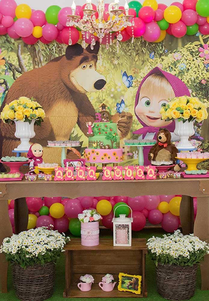 Olha como é possível fazer uma festa Masha e o Urso luxo.