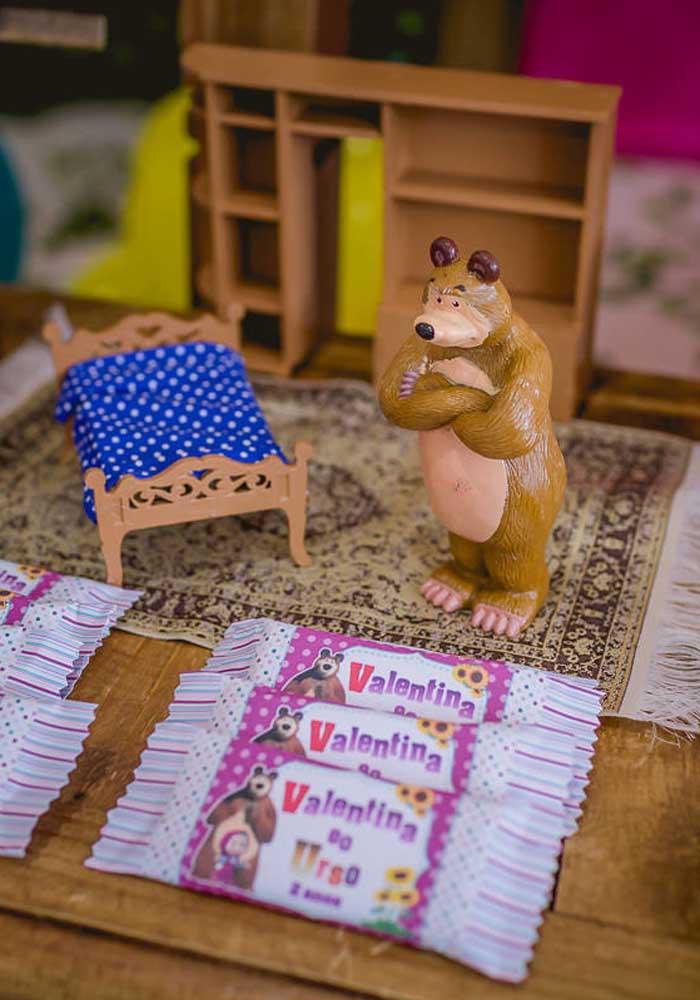 Capriche na decoração da festa Masha e o Urso e fique atento aos detalhes.