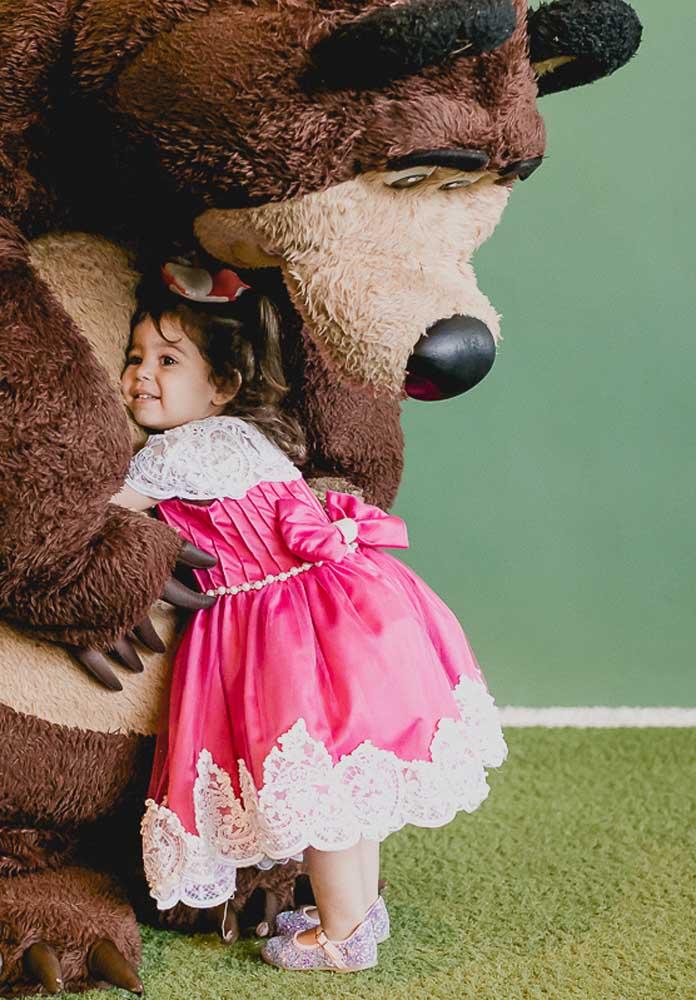 Você pode contratar animadores para se vestirem de Urso. As crianças vão amar!