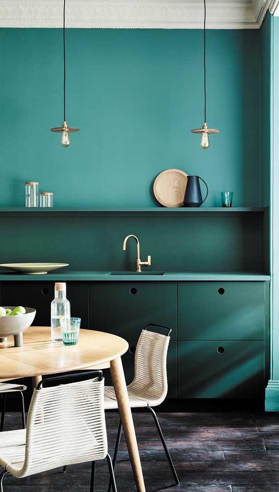 Olha que luminária de teto artesanal perfeita para colocar na cozinha.