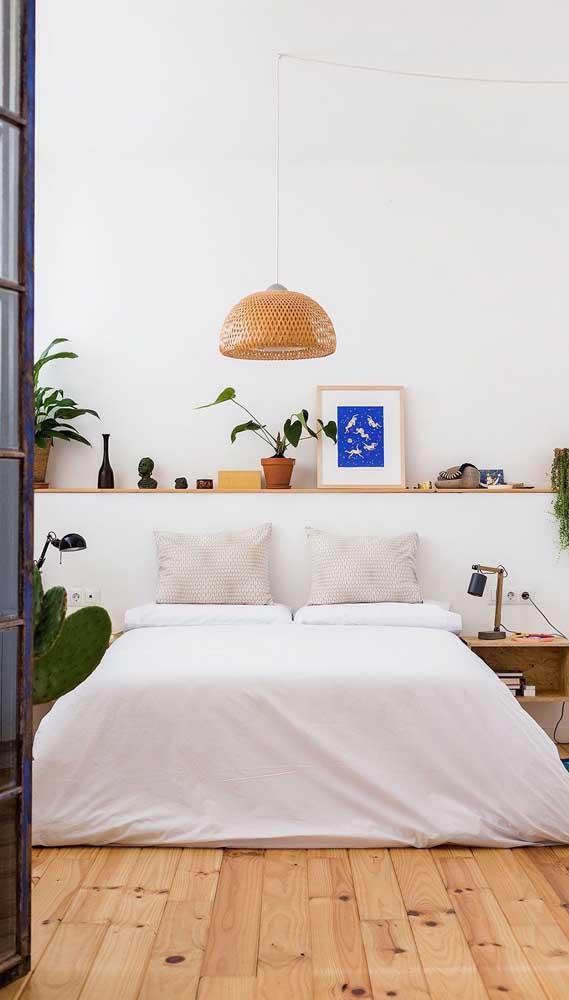 Se a decoração toda da casa segue um estilo mais rústico, os detalhes não podem fugir do estilo.