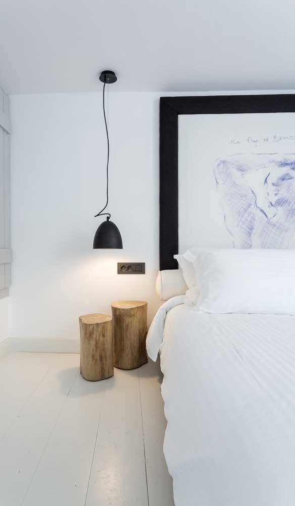 O que acha de combinar peças modernas com itens mais rústicos na hora de decorar o seu quarto?