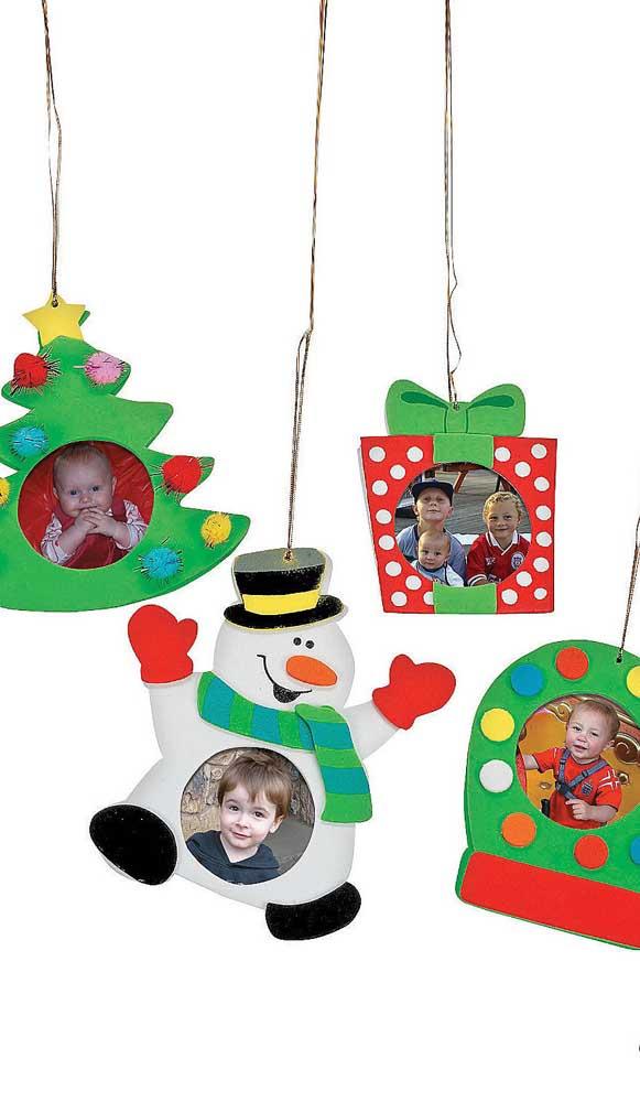 Saiba que é possível fazer um porta retrato de natal em EVA.