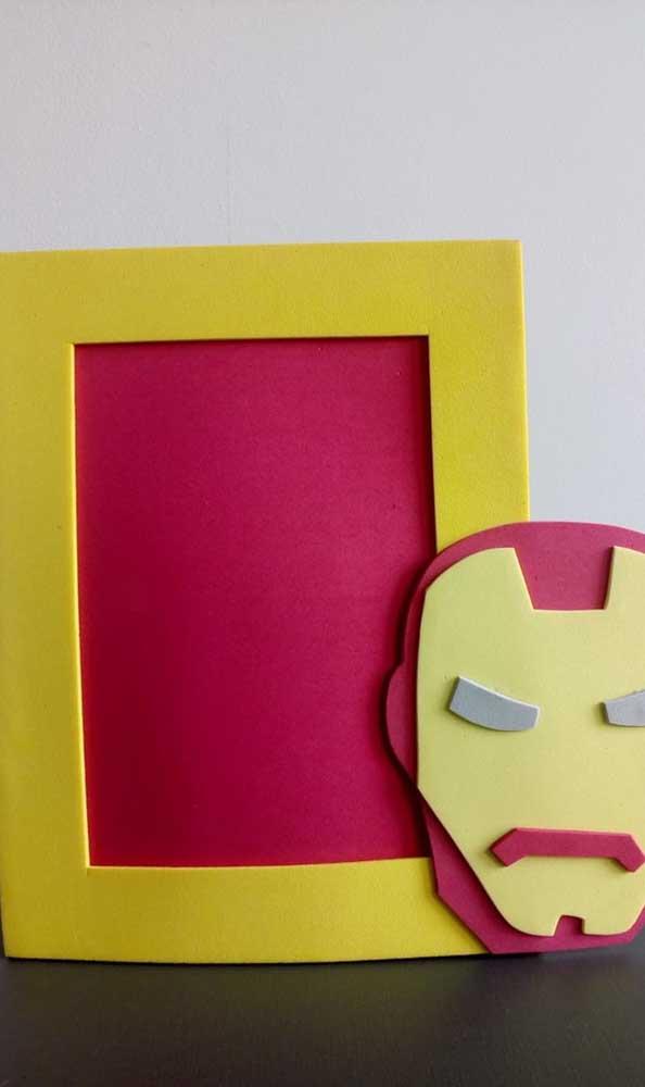 Seu filho vai amar esse porta retrato do Homem de Ferro.