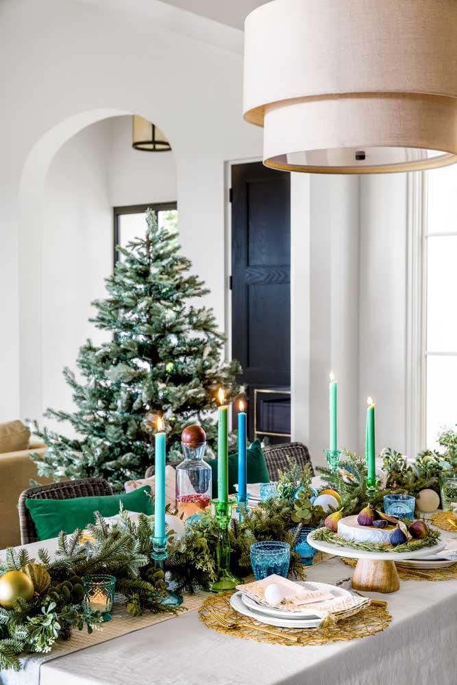 Que bela decoração de mesa para a ceia de natal.