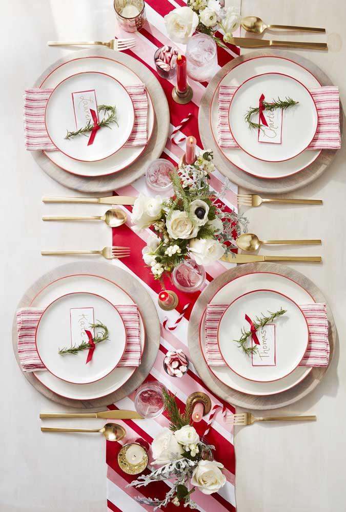 Que tal apostar em arranjos de natal com flores artificiais?