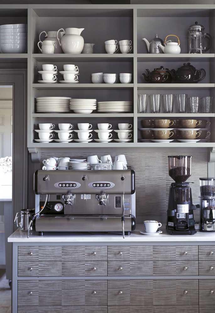 Se você tem espaço, nada melhor do que aproveitar para fazer um cantinho do café especial.