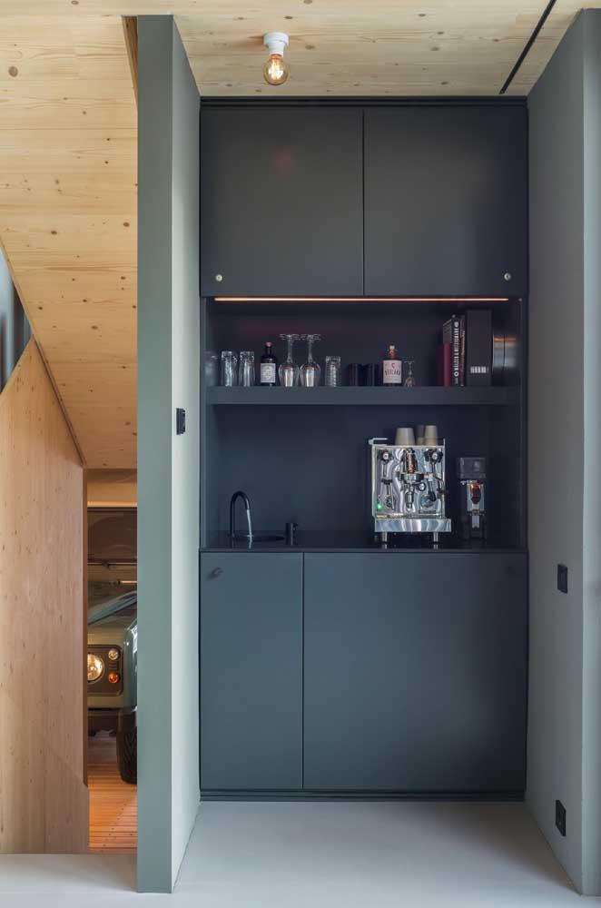 Se você tiver um bom espaço em casa, não abra mão de fazer o cantinho do café.