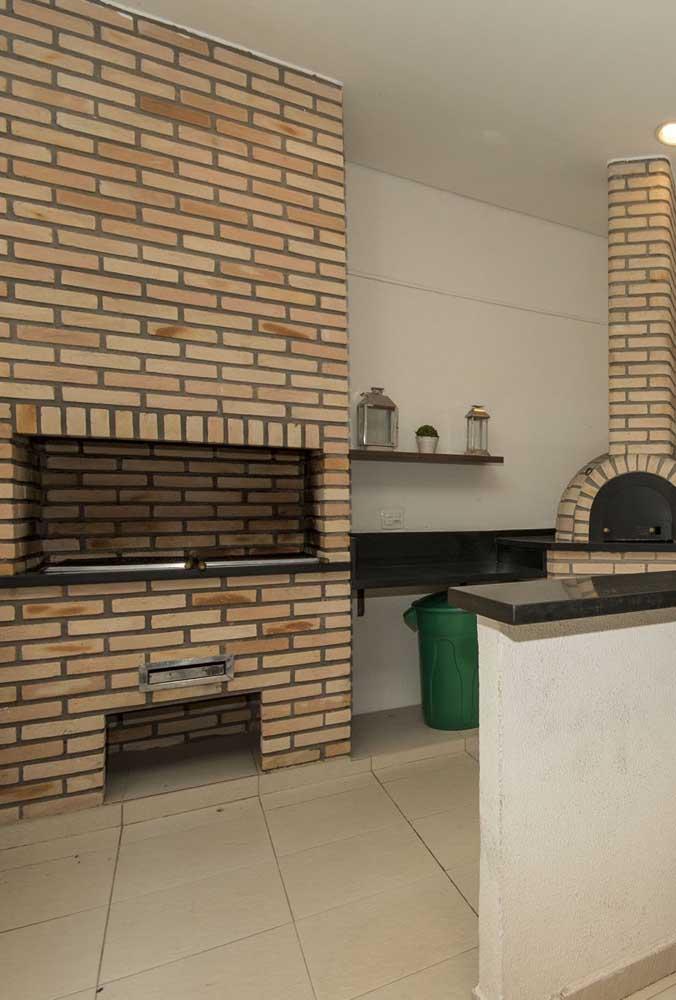 Sabia que você mesmo pode fazer a sua churrasqueira de tijolo?