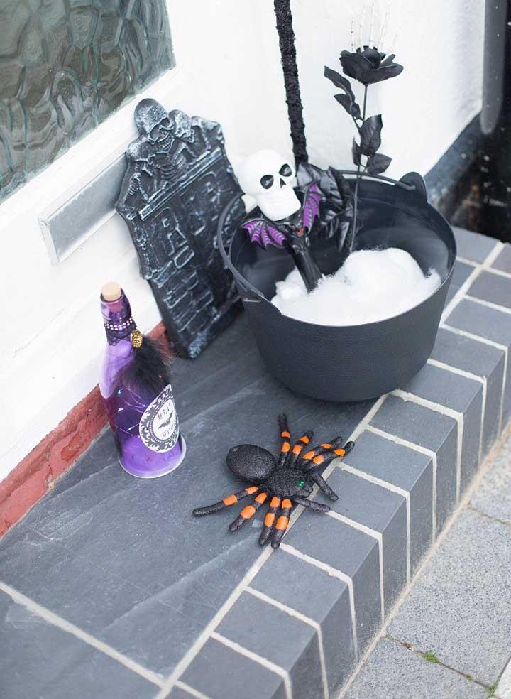 Os detalhes podem fazer uma enorme diferença na decoração festa Halloween.