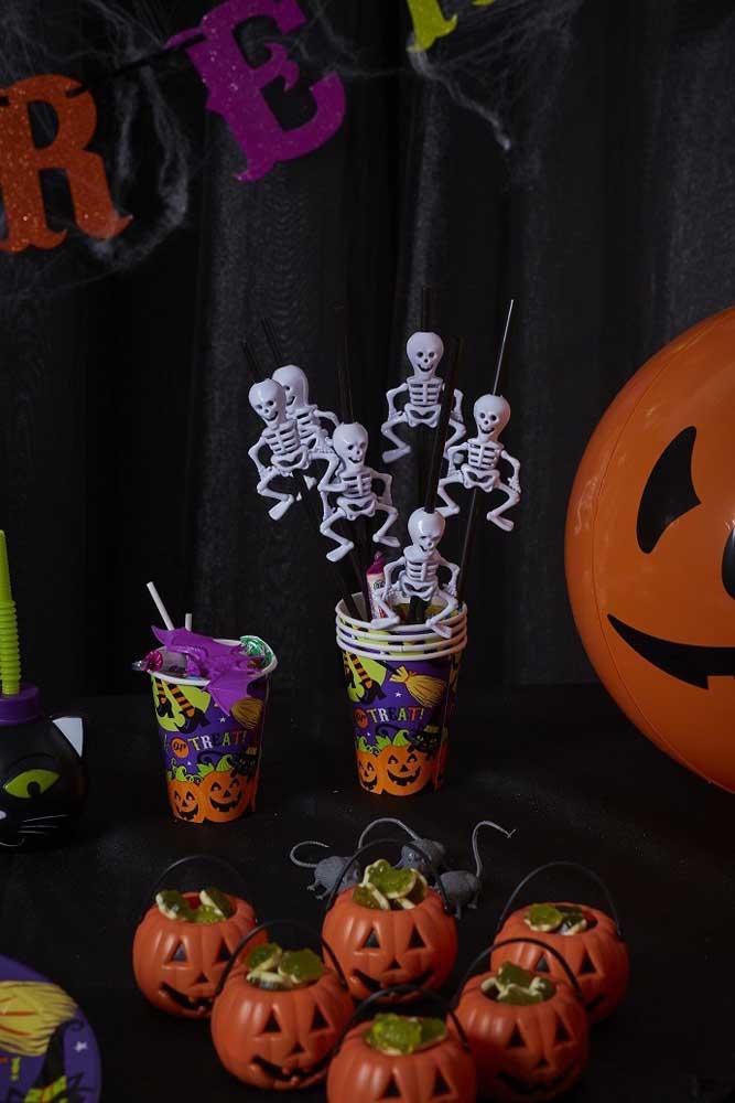 A festa Halloween é um tema que dá para usar bastante a criatividade na decoração.