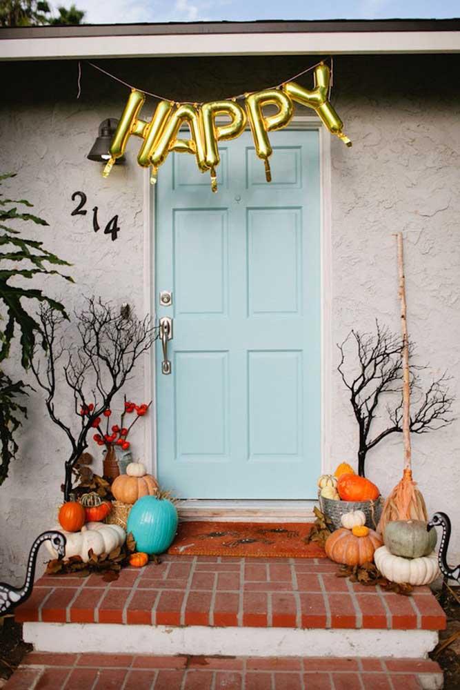 Prepare a casa para festejar o Halloween.