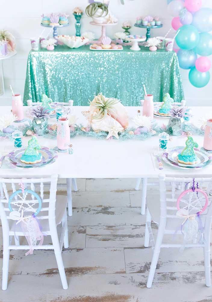 Já sabe qual centro de mesa sereia você vai usar na festa?