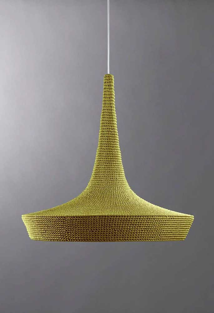 Como é o caso dessa luminária com design totalmente diferenciado.