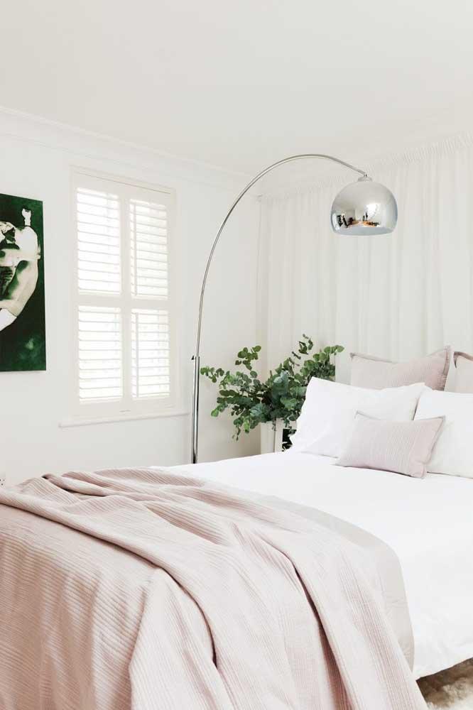 Que tal escolher um quarto feminino simples para você?