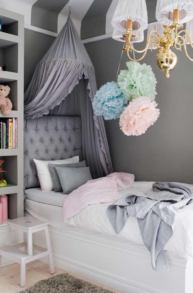 Veja esse quarto feminino decorado para você se inspirar.