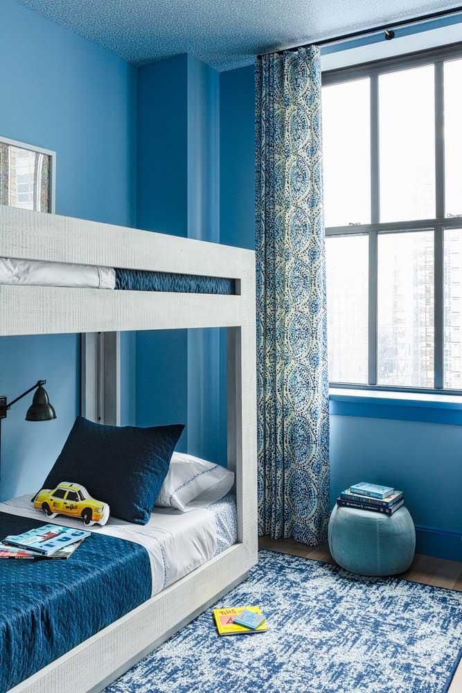 Se o quarto pequeno for para duas pessoas, nada melhor do que usar beliche.