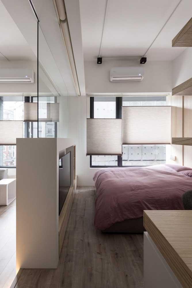Olha esse quarto pequeno planejado conforme o espaço.