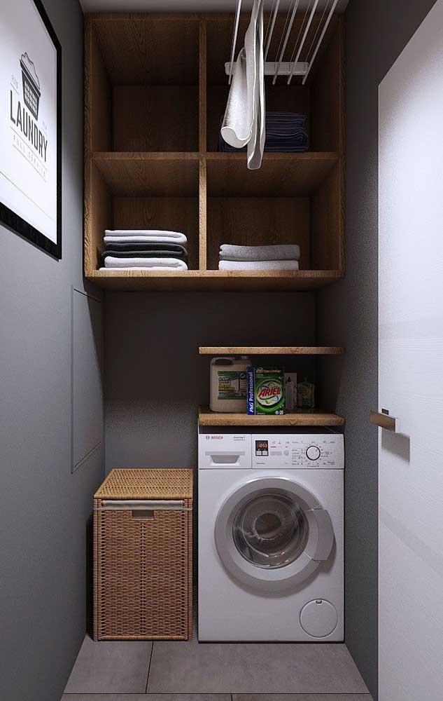 Os nichos são ótimos para você organizar as peças da área de serviço pequena.