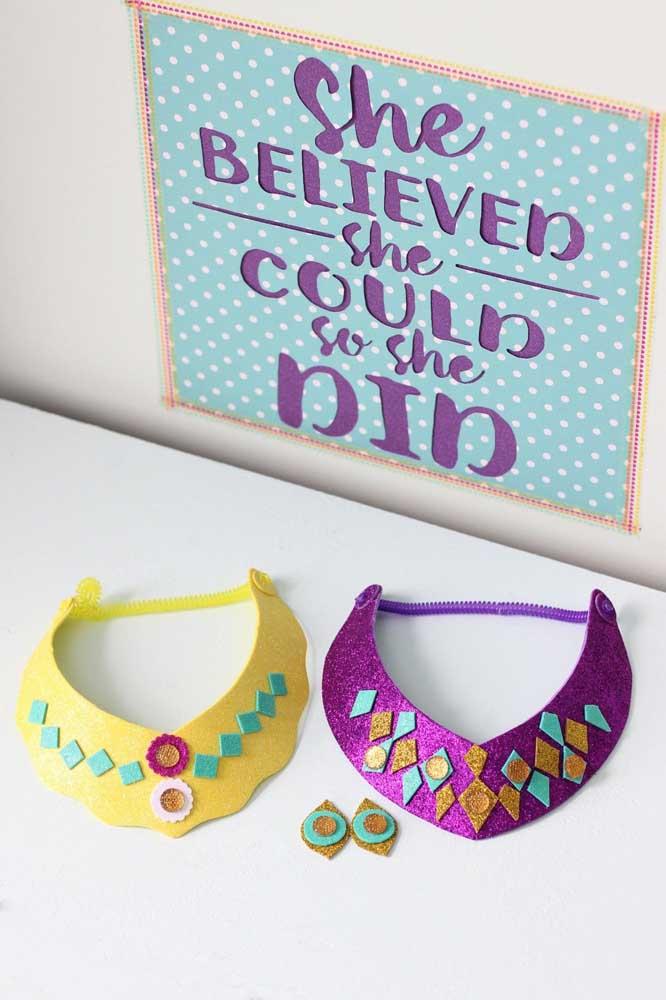 Que tal produzir peças em EVA estilosas para as meninas para entregar como lembrancinha na festa infantil?