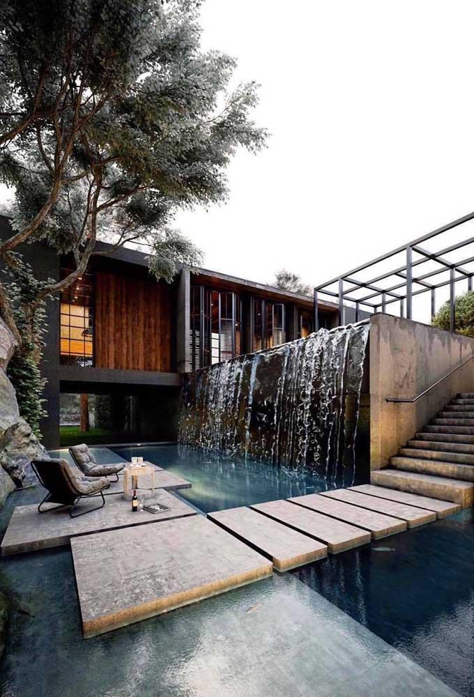 A cascata deixar qualquer área externa mais chique e sofisticada.