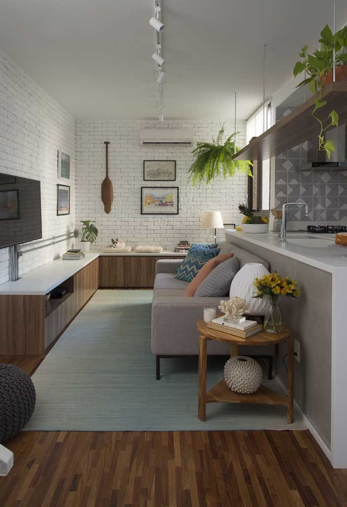 Dê mais atenção aos seus convidados com a cozinha americana integrada com sala.