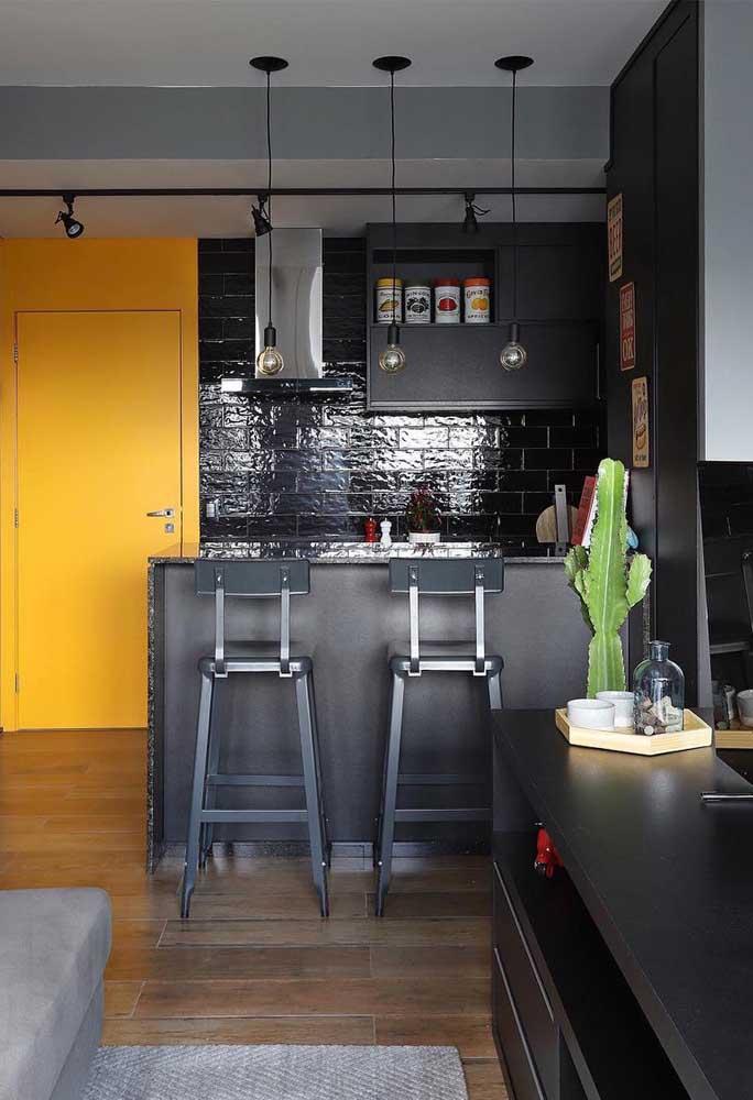 Quer algo mais moderno? Aposte em cores mais escuras.