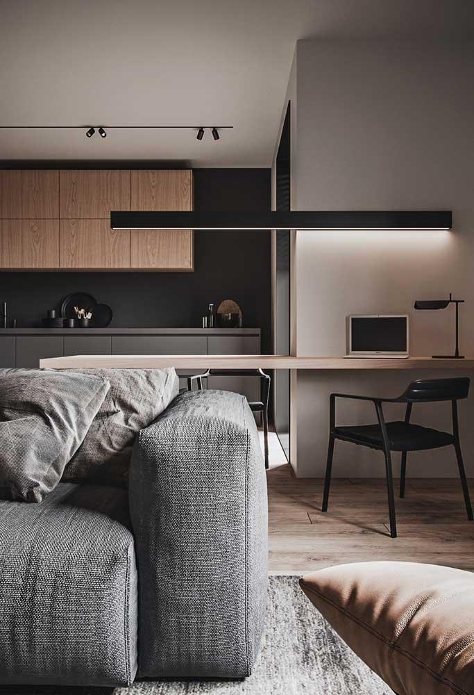 Use a bancada da cozinha americana como desk para seu escritório.