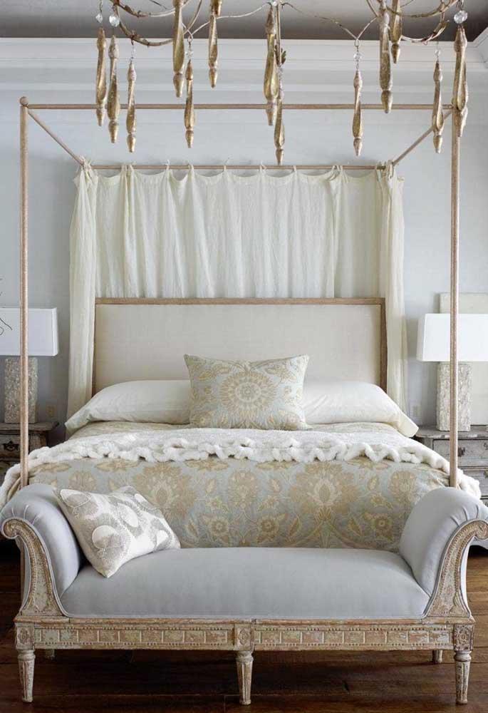 Que tal escolher móveis antigos e desgastados para decorar o quarto?