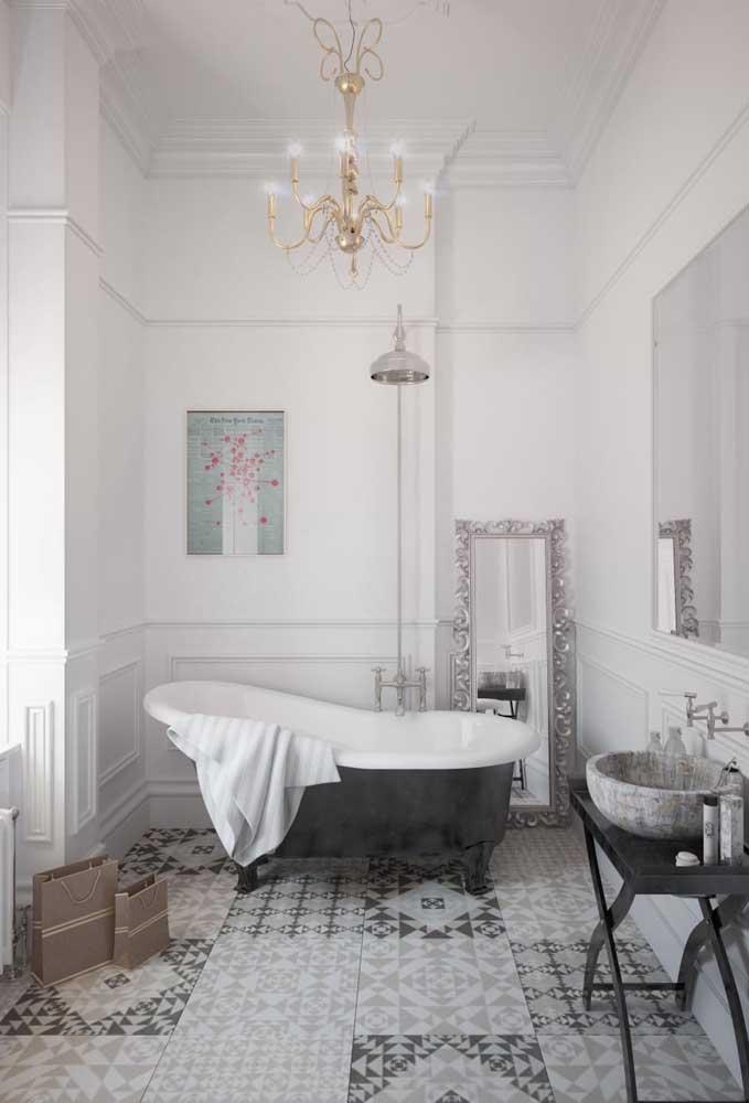 Detalhes diferenciados para seguir o estilo provençal na decoração do banheiro.