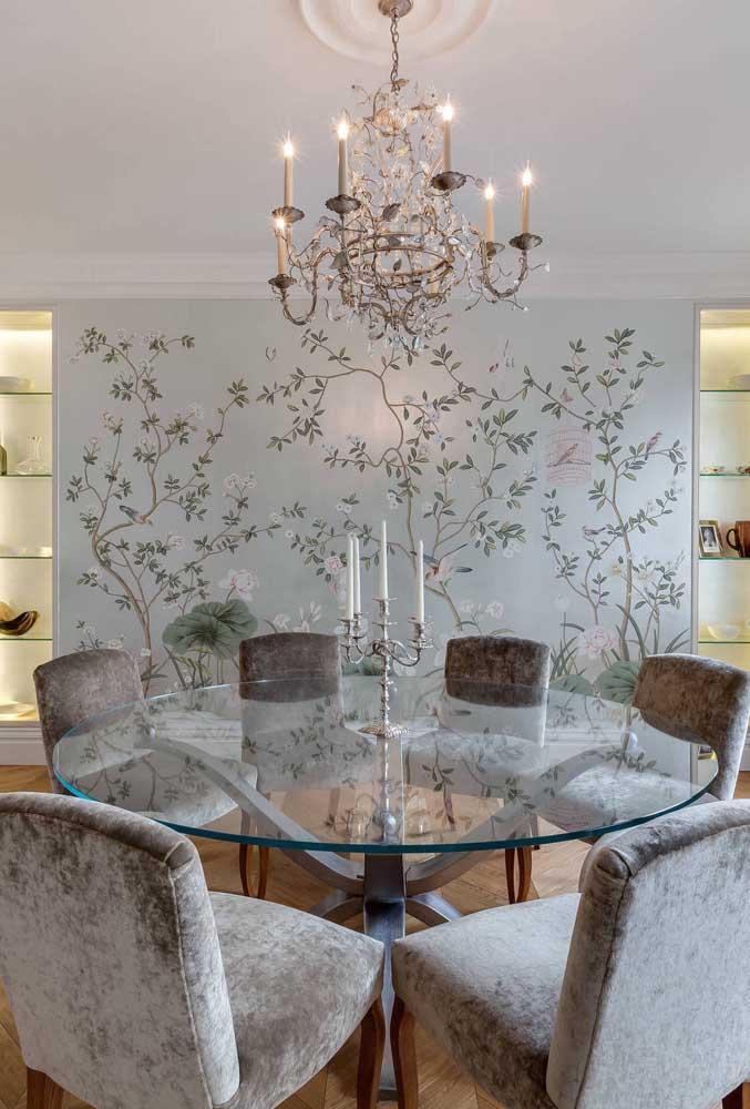 Nada melhor do que uma sala de jantar fina e sofisticada.