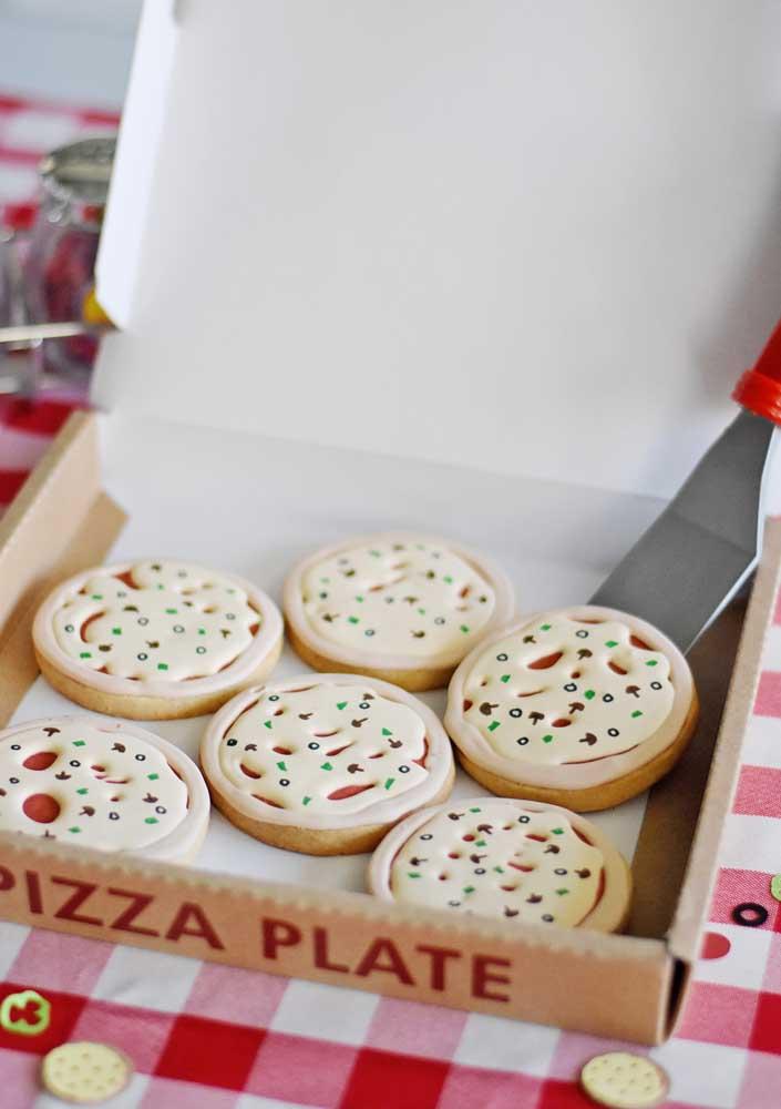 O que acha de servir a pizza em pedaços individuais?