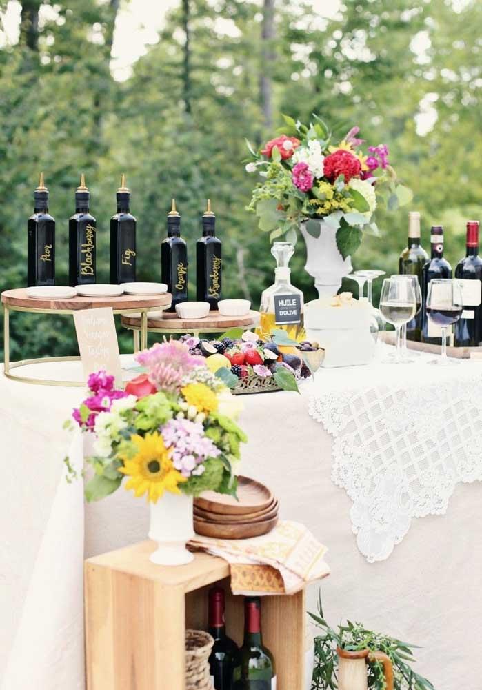 Separe uma mesa somente para colocar as bebidas que serão servidas na noite da pizza.