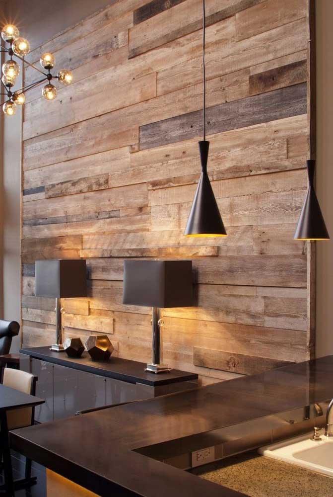 O pallet é um material que pode ser usado em diferentes áreas da casa deixando o ambiente mais charmoso.
