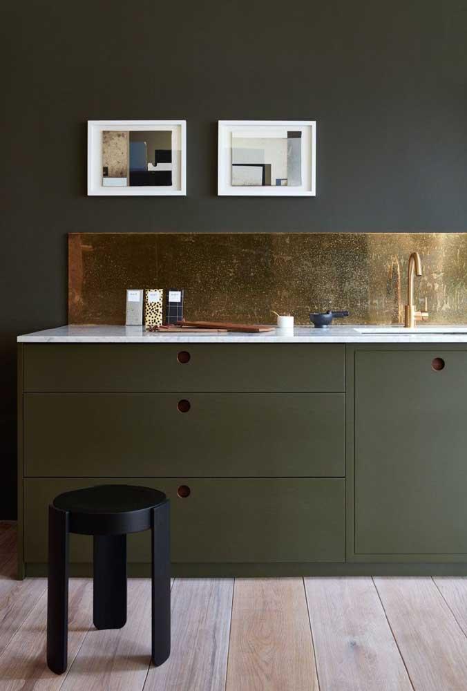 Os quadros decorativos para cozinha são ótimas opções para deixar o ambiente mais harmônico.