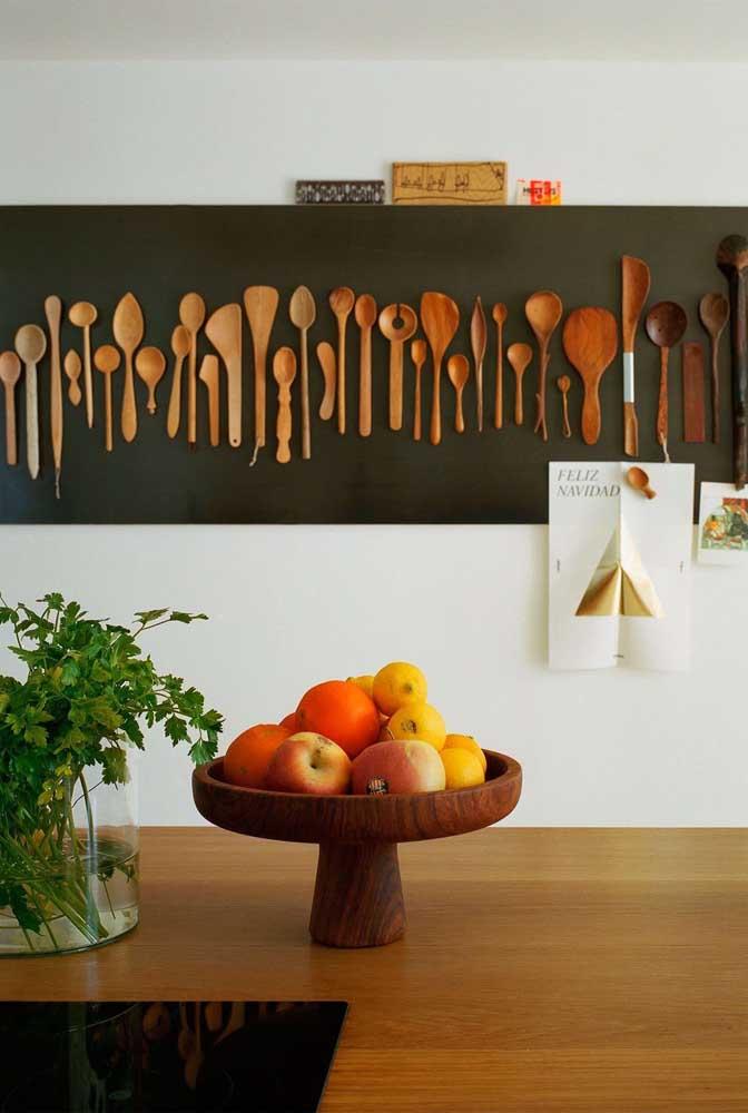 Olha que ideia incrível você pode fazer na parede da sua cozinha.