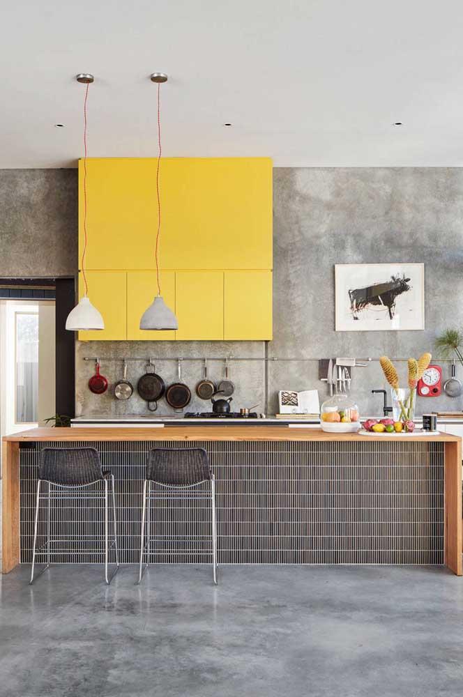 Já sabe qual quadro você vai pendurar na parede da sua cozinha?
