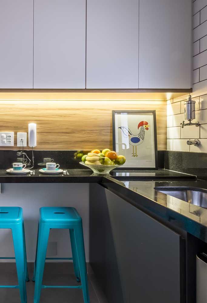 Uma boa iluminação é fundamental para fazer uma decoração diferenciada na cozinha.