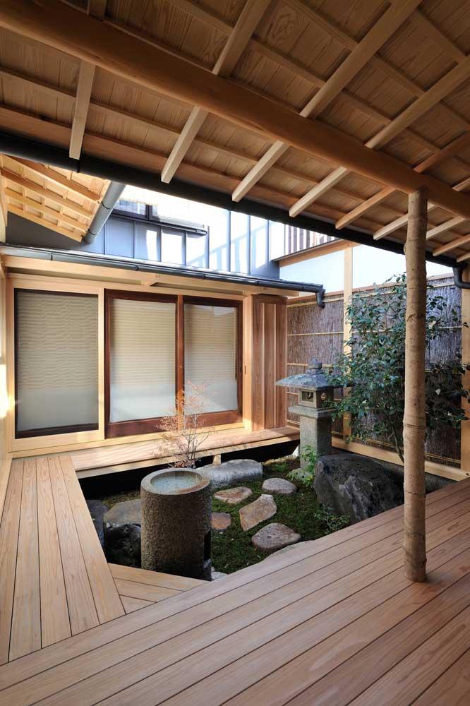 Que tal fazer um jardim japonês interno?