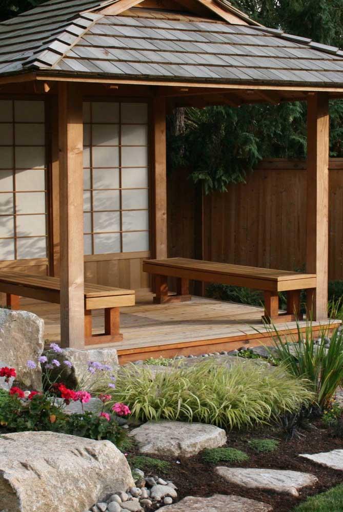 Um dos estilos do jardim japonês é no formato de tenda.