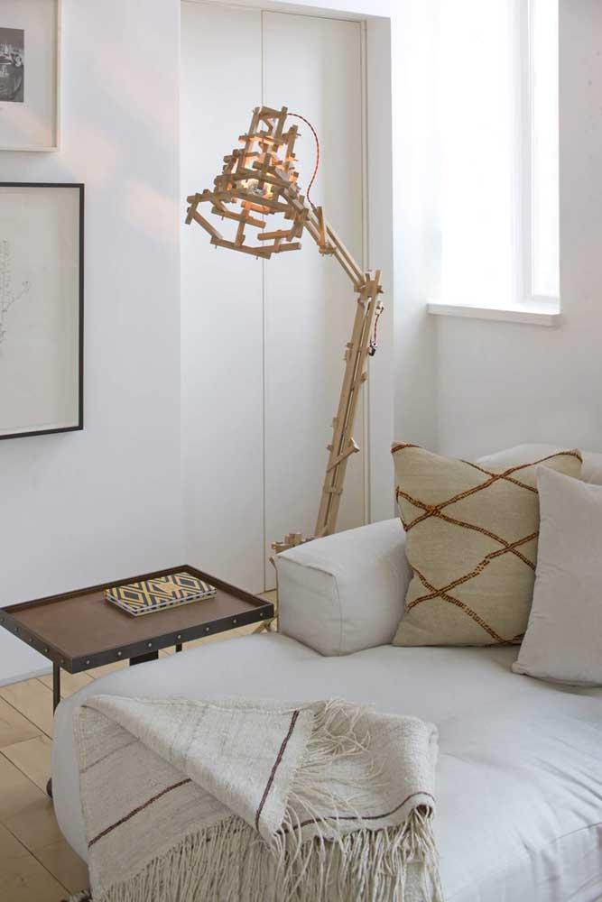 Você já tinha visto uma luminária de chão como essa?