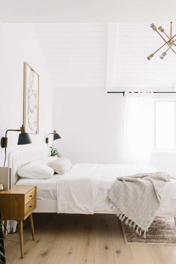 O estilo campestre é uma opção de decoração para quarto.