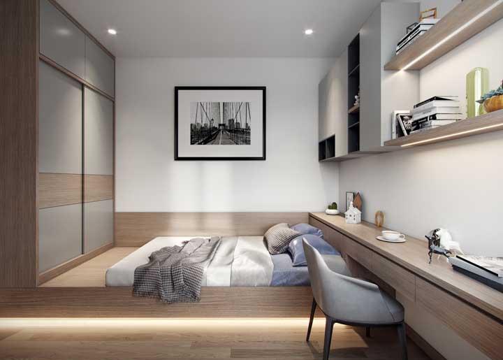 Aposte nos móveis planejados para o quarto de casal simples com guarda roupa.