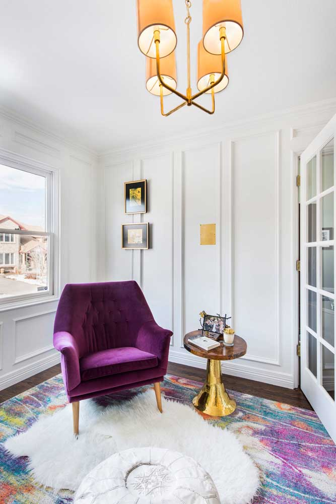Incrível como o tapete felpudo deixa o ambiente mais elegante e sofisticado.