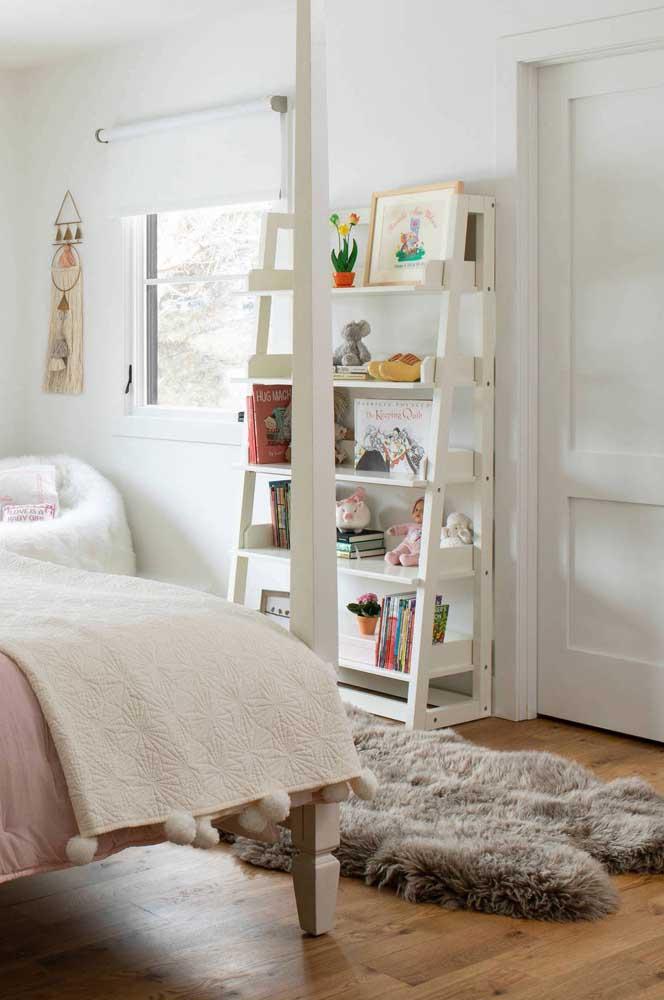 Você sabia que o tapete felpudo cinza combina com qualquer decoração?