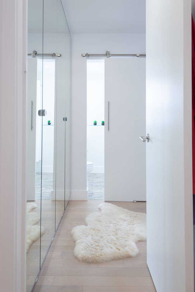 Que tal fazer uma decoração toda clean com elementos na cor branca?