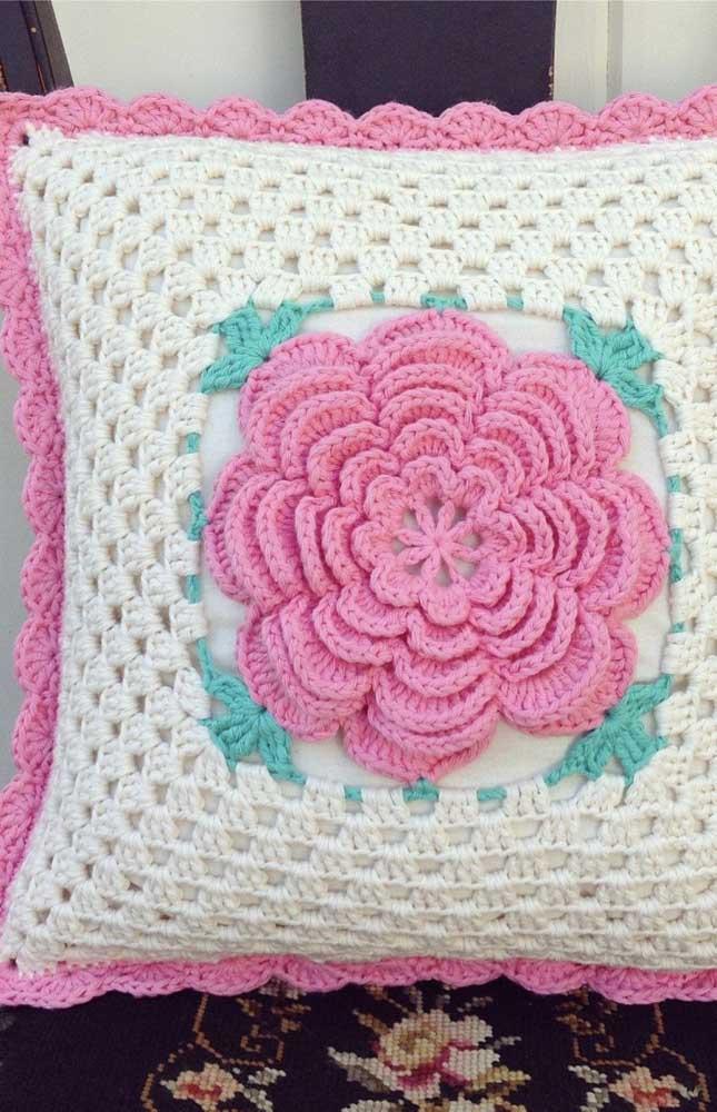 As rosas são perfeitas para quem deseja uma capa de almofada romântica.