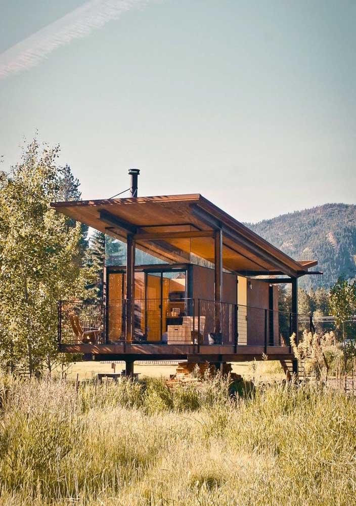 Casa de campo pequena e moderna com direito a varanda