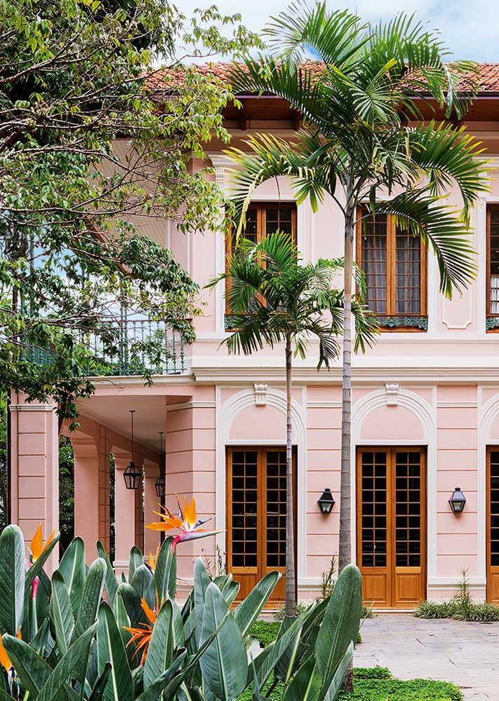 Casa de campo em estilo clássico e elegante